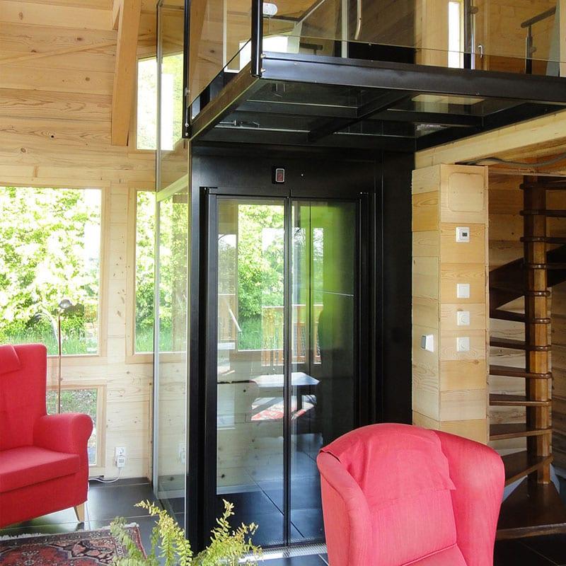 Οικιακοί ανελκυστήρες MaisonLift