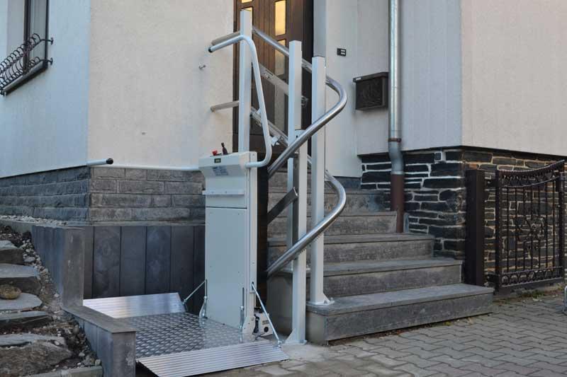 Ανελκυστήρας σκάλας με πλατφόρμα εξωτερικού χώρου Stratos Lehner